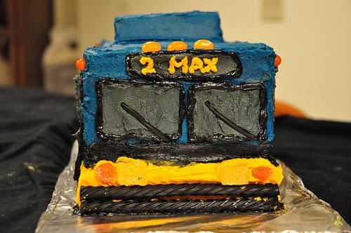 bus cake!