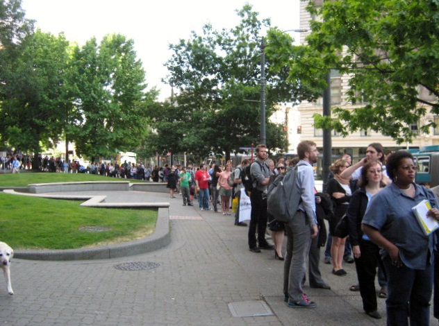 Line to testify (image by Jenn Olegario